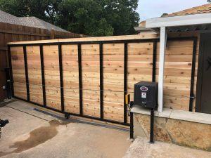 Custom Fence and Gate Installer